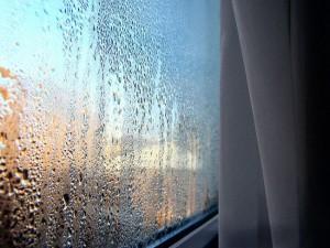 Почему потеют окна?